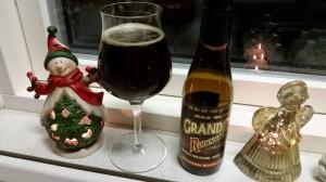 4. december. Nissen havde i torsdags bragt mig en af mine favoritøl, så der var god grund til at glædes. En rigtig lækker sur øl, som jeg aldrig bliver træt af.